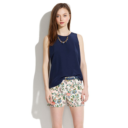 Tailored Shorts in Garden Vine