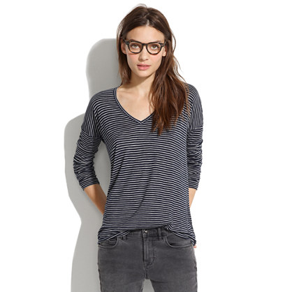 V-Neck Long-Sleeve Tee in Stripe