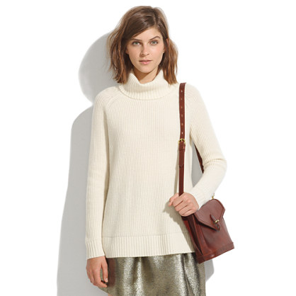 Simple Cashmere Turtleneck Sweater