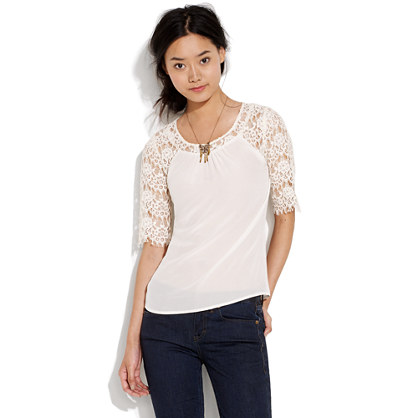 Flowerlace Top