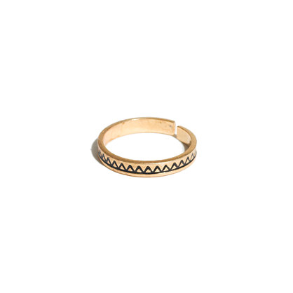 Skinny Etched Midi Ring
