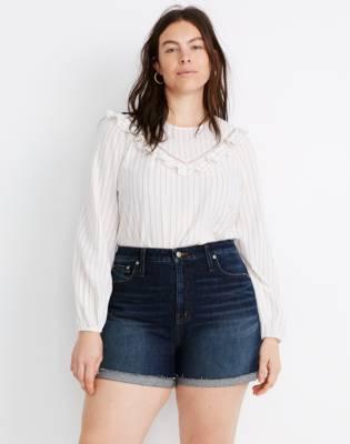 Curvy High-Rise Denim Shorts in Canterdale Wash