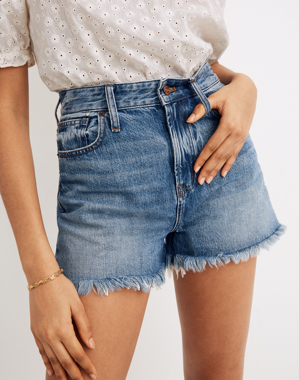 MW The Curvy Perfect Jean Short in Bergman Wash from