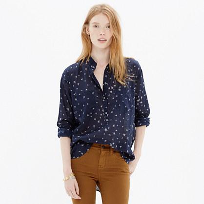 Collarless Popover Shirt in Rosebud Scatter