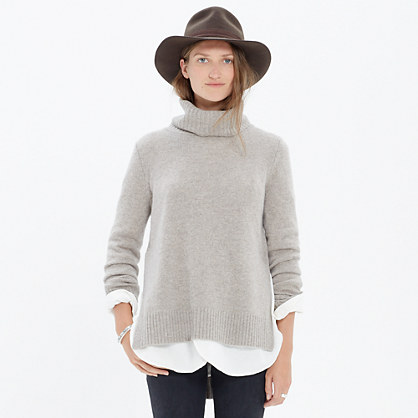 Cashmere Layering Turtleneck Sweater