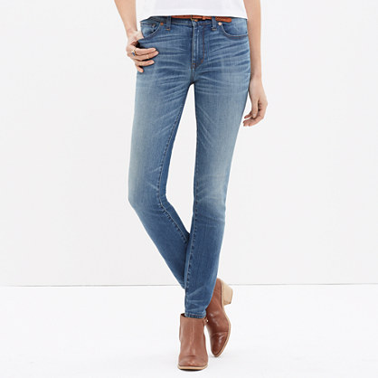"9"" High-Rise Skinny Jeans in Thom Wash"