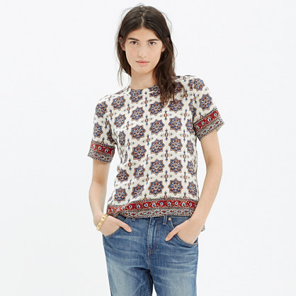 Silk Refined Tee in Medallion Stamp