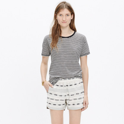 Pull-On Shorts in Summer Jacquard