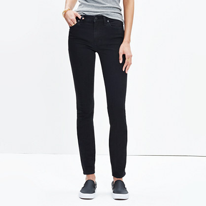 "9"" High-Rise Skinny Jeans in Black Frost"