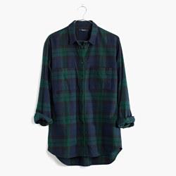 Flannel Oversized Boyshirt in Dark Plaid