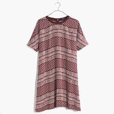 Title Tee Dress in Wavedot - DARK CABERNET