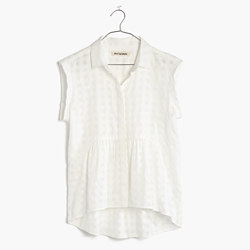 Rivet & Thread Sleeveless Ruffle Shirt
