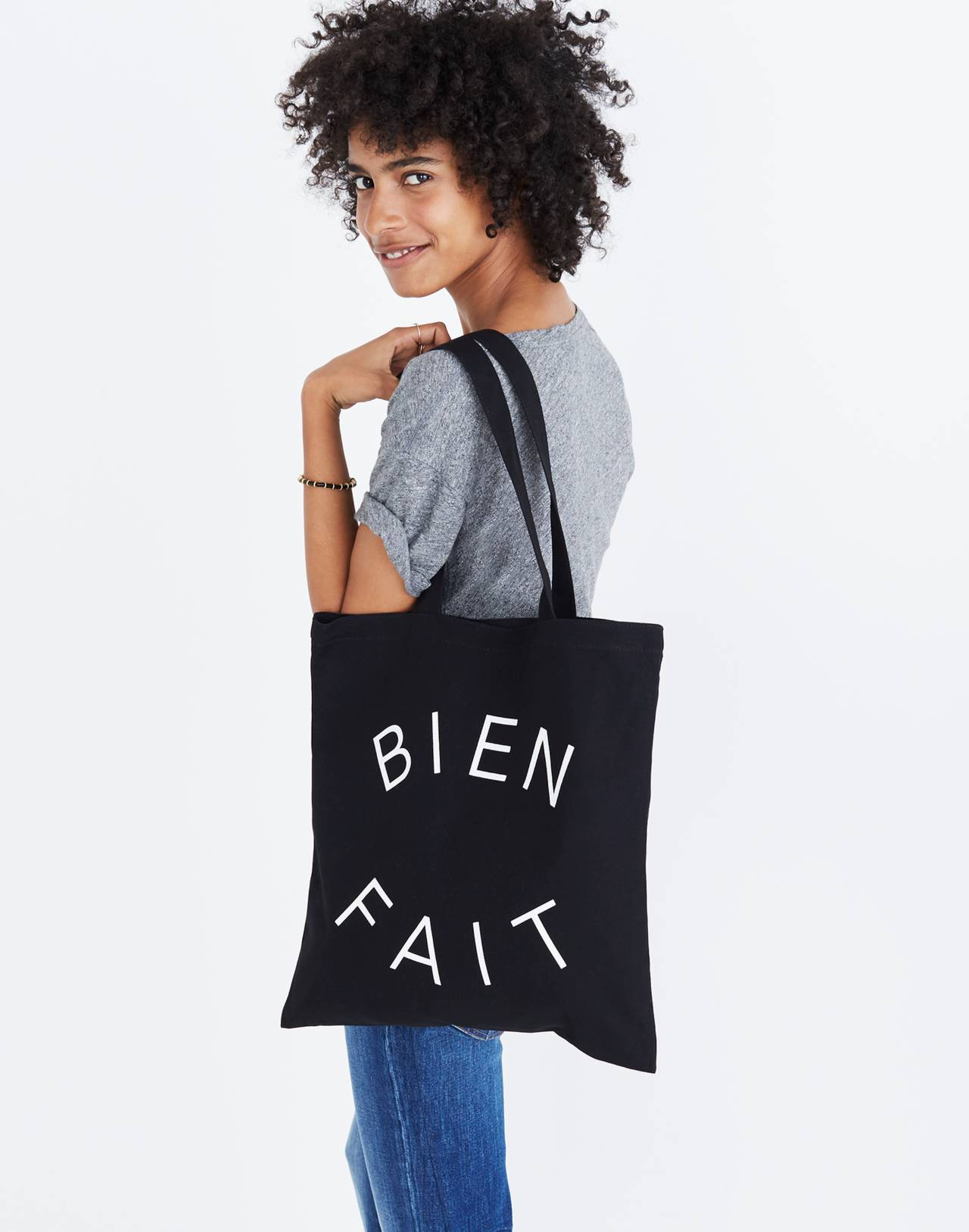 The Reusable Canvas Tote in true black image 5