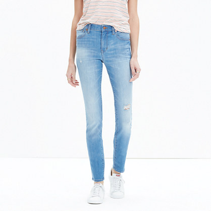 "9"" High-Rise Skinny Jeans in Sadie Wash"
