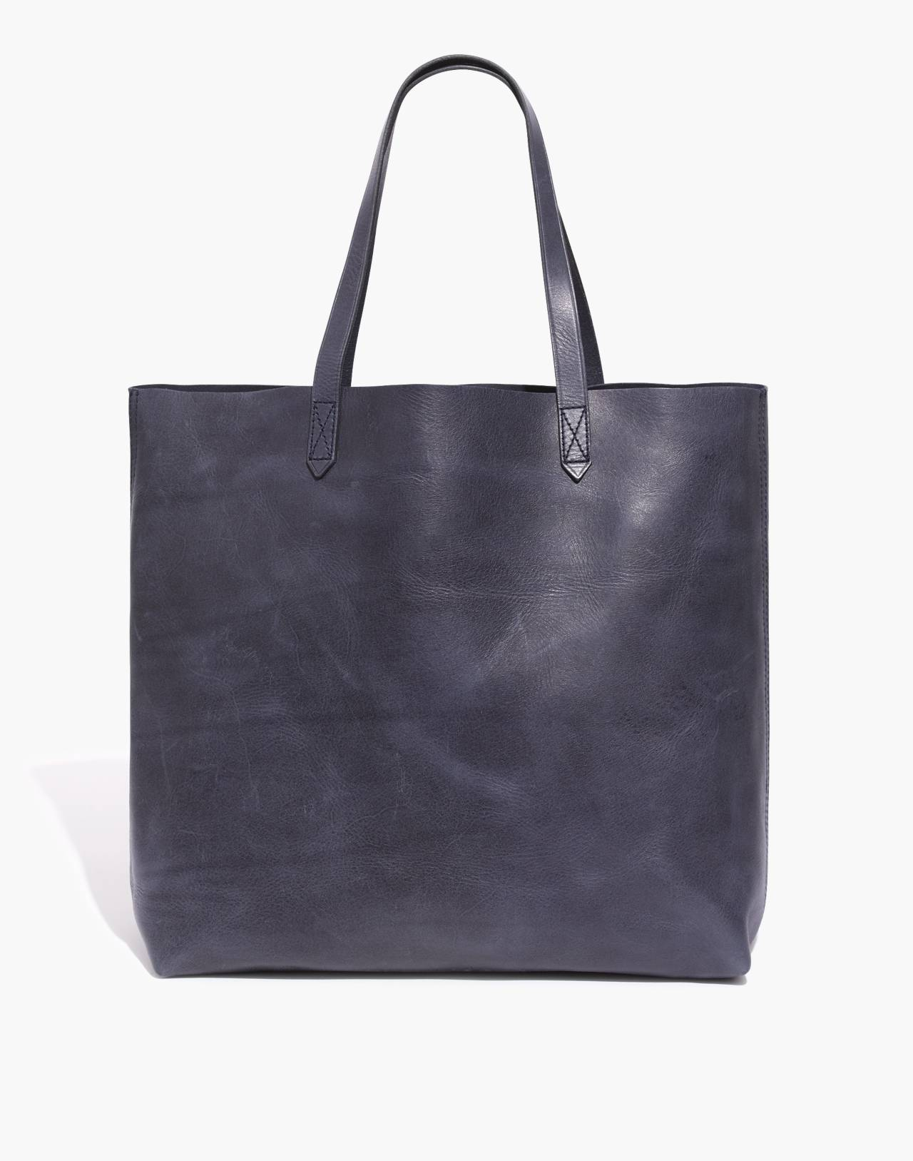 The Transport Tote in deep navy image 1
