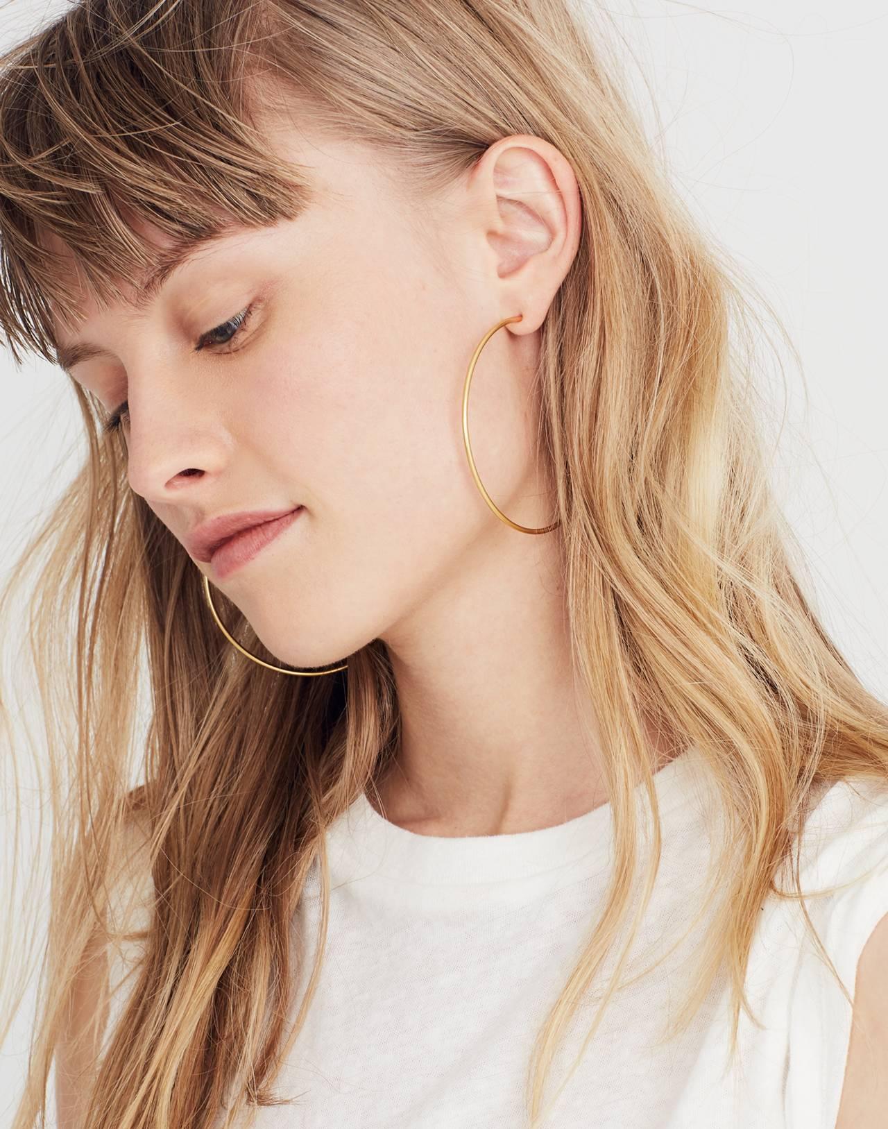 Oversized Hoop Earrings in vintage gold image 2