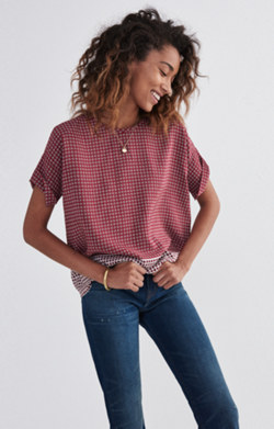 Silk Premiere Bow-Back Tee in Ascot Tile