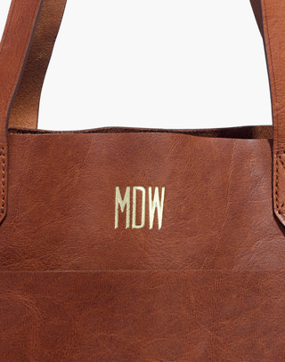 The Medium Transport Tote in english saddle image 4