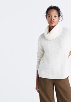 Cashmere Convertible Turtleneck Sweater in Cableknit