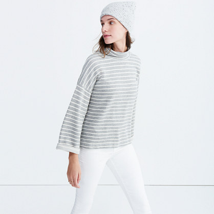 Note Funnelneck Pullover