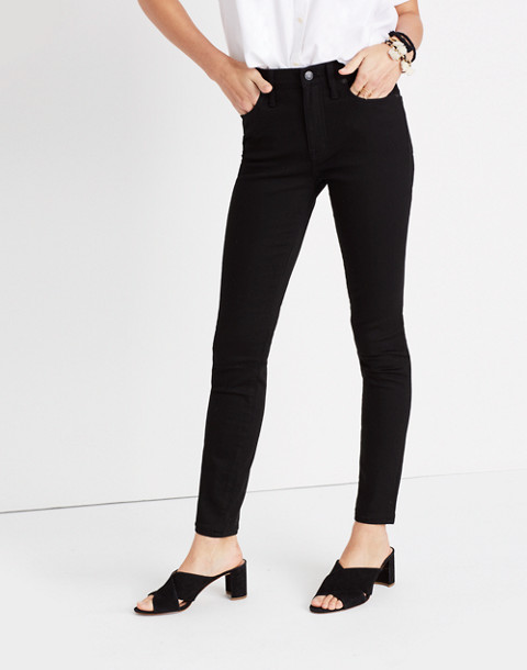 "Petite 9"" High-Rise Skinny Jeans in ISKO Stay Black™ in black frost image 2"