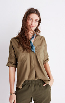 Courier Button-Back Shirt in Light Latte