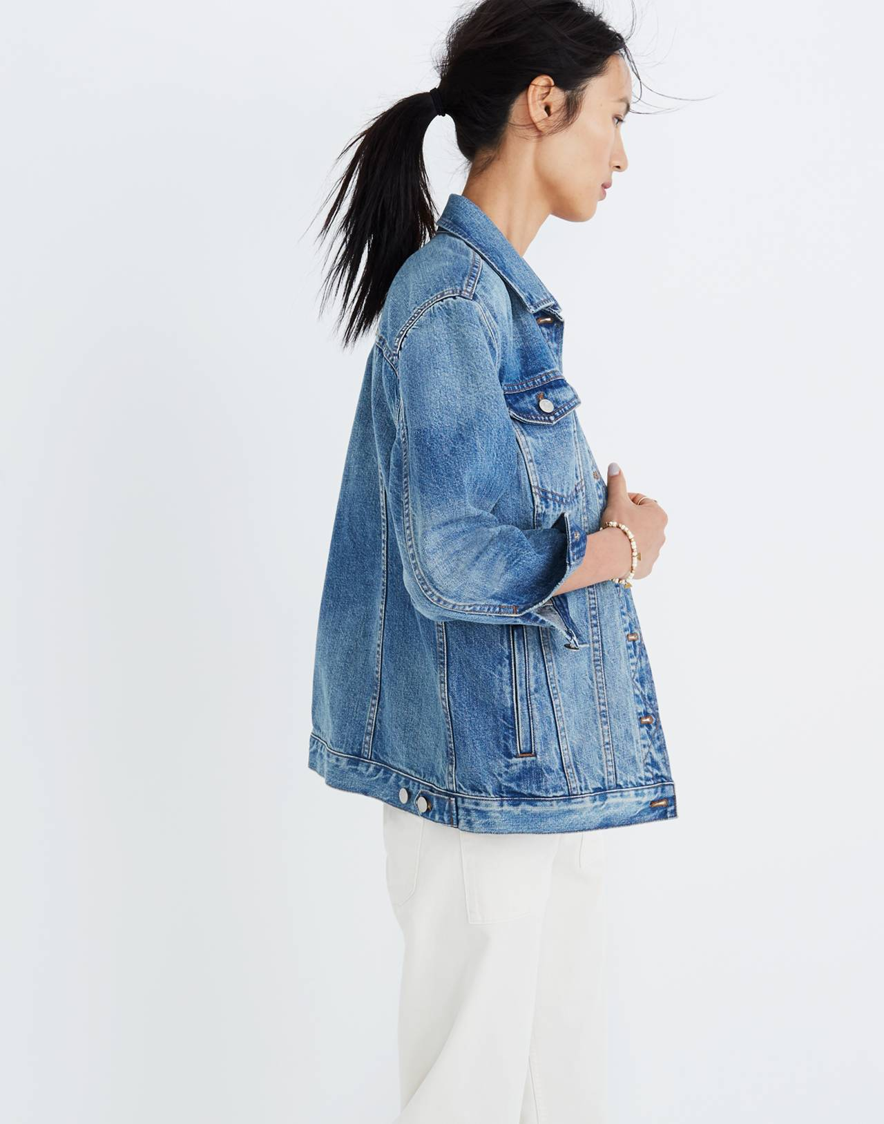 The Oversized Jean Jacket in Capstone Wash in capstone wash image 3