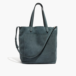 The Medium Transport Tote Bag in Midnight Spruce