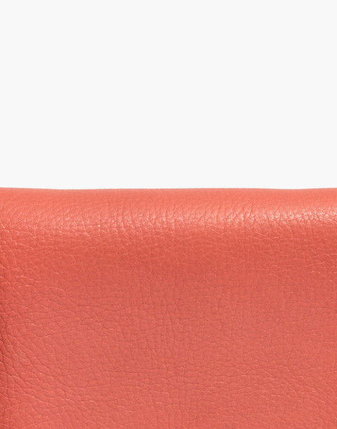 The Chain Crossbody Bag in spiced rose image 4