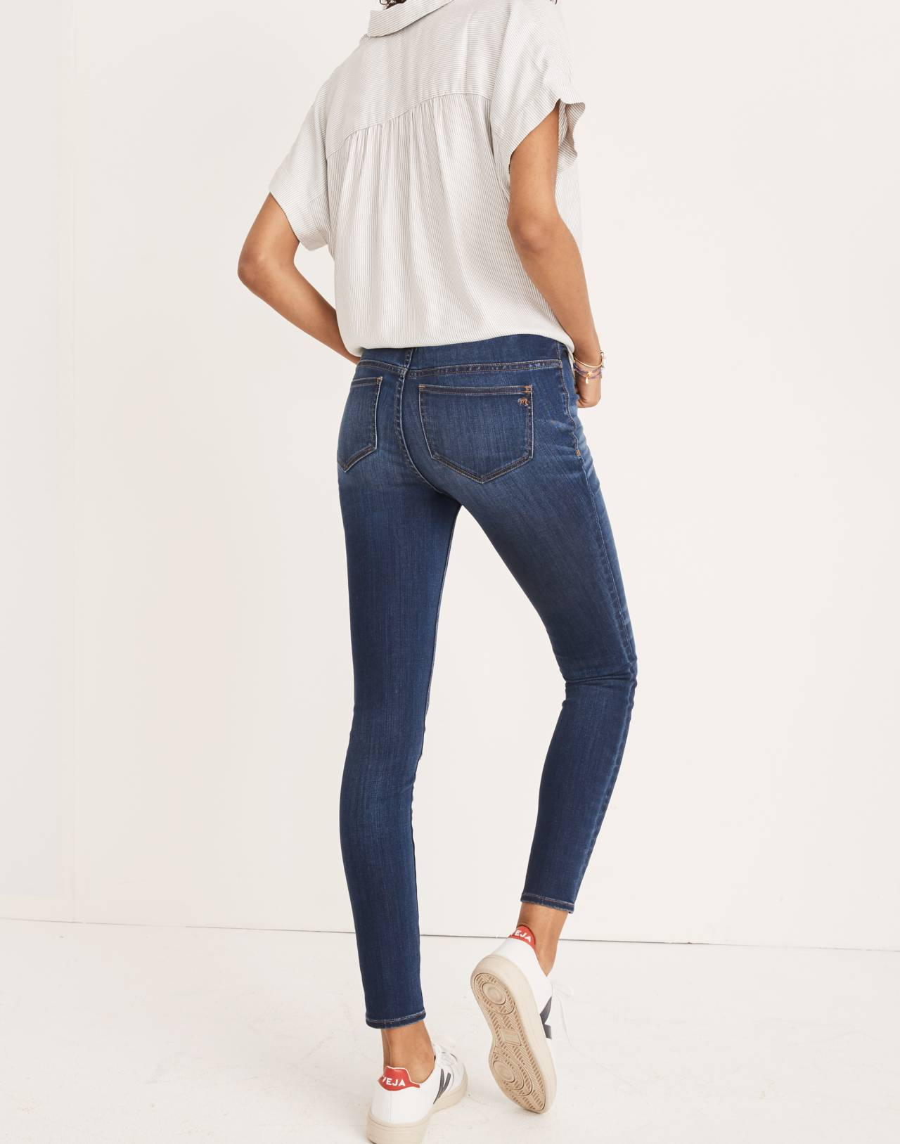 Maternity Over-the-Belly Skinny Jeans in Danny Wash: Tencel™ Edition in danny image 3