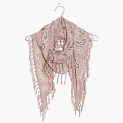 Diamond-Shaped Print Scarf