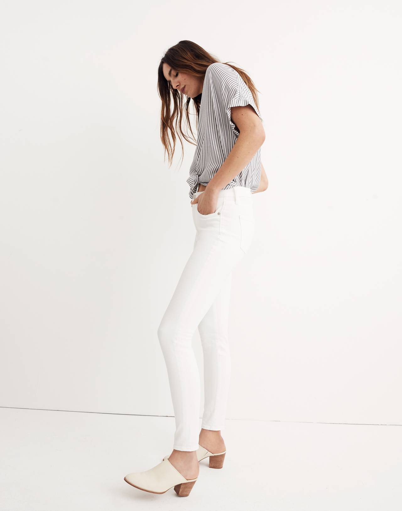 """Tall 9"""" High-Rise Skinny Jeans in Pure White in pure white image 2"""