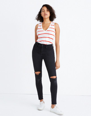 Petite Curvy High-Rise Skinny Jeans in Black Sea