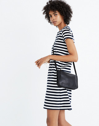 The Simple Crossbody Bag in vintage canvas image 2