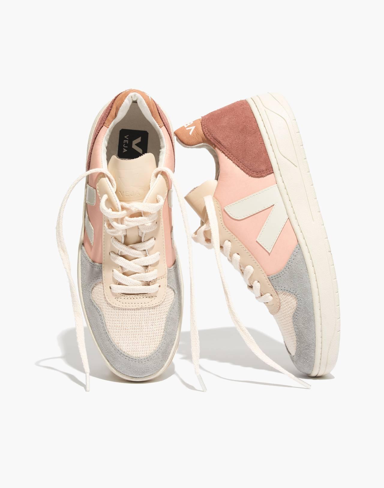 Veja™ V-10 Sneakers in Colorblock in nude multi image 1