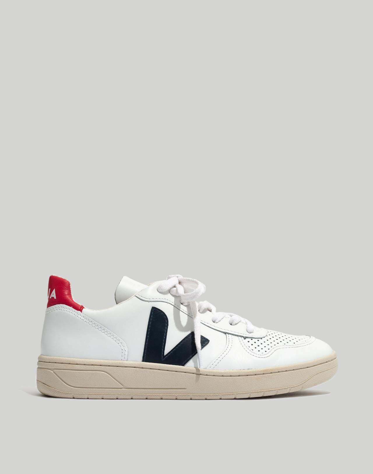 Veja™ V-10 Sneakers in Colorblock in white navy red image 3