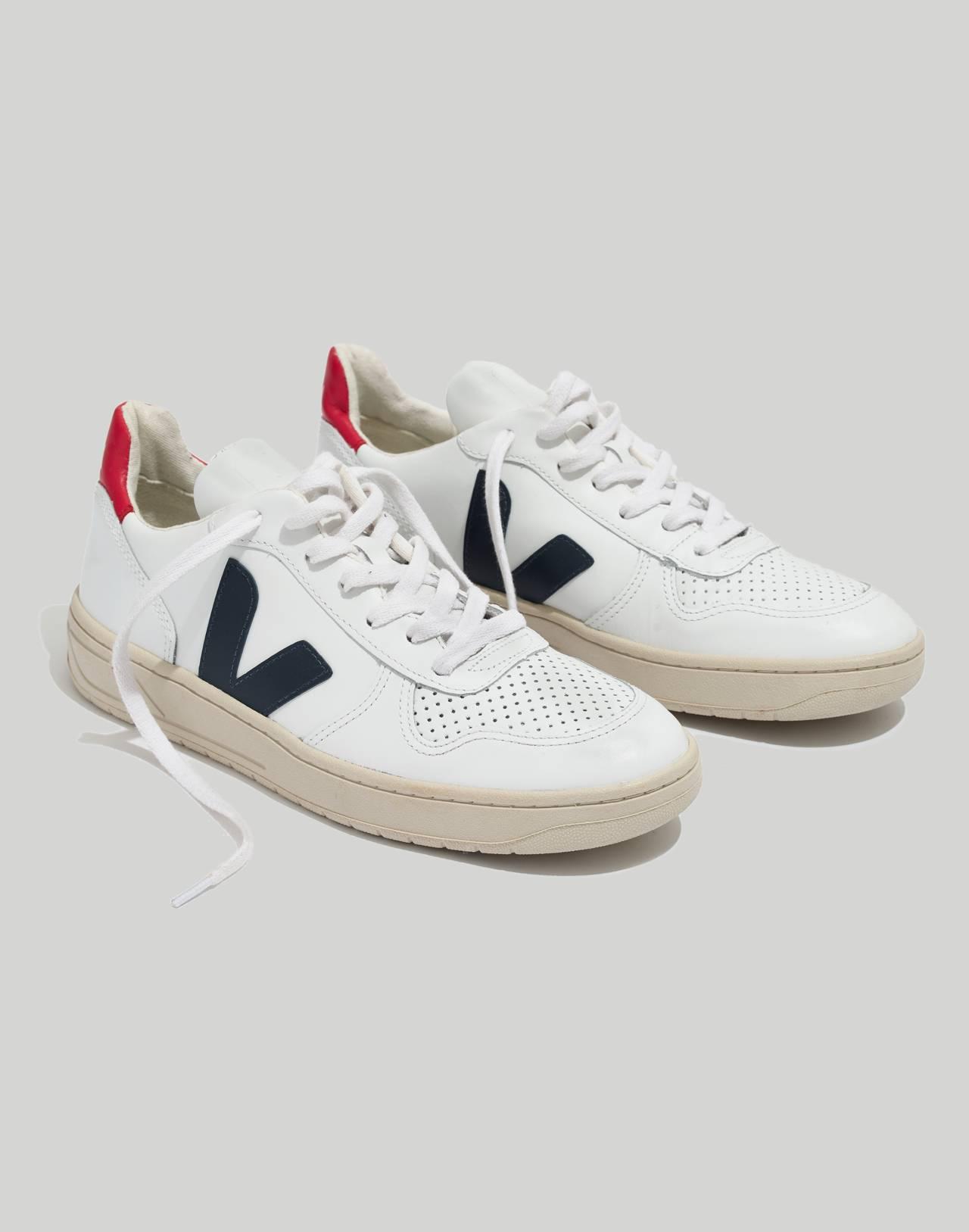 Veja™ V-10 Sneakers in Colorblock in white navy red image 1
