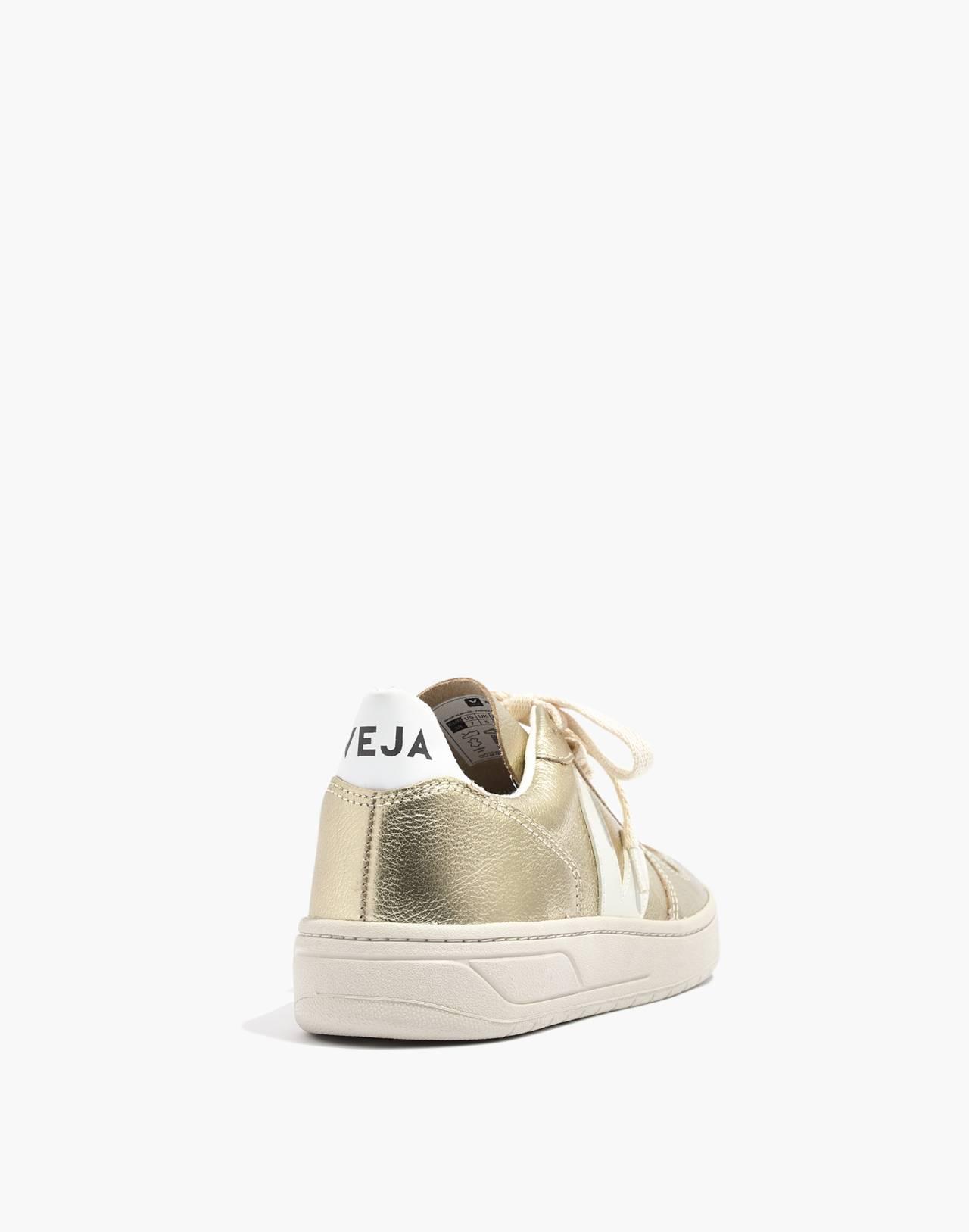 Veja™ V-10 Sneakers in Colorblock in gold image 4