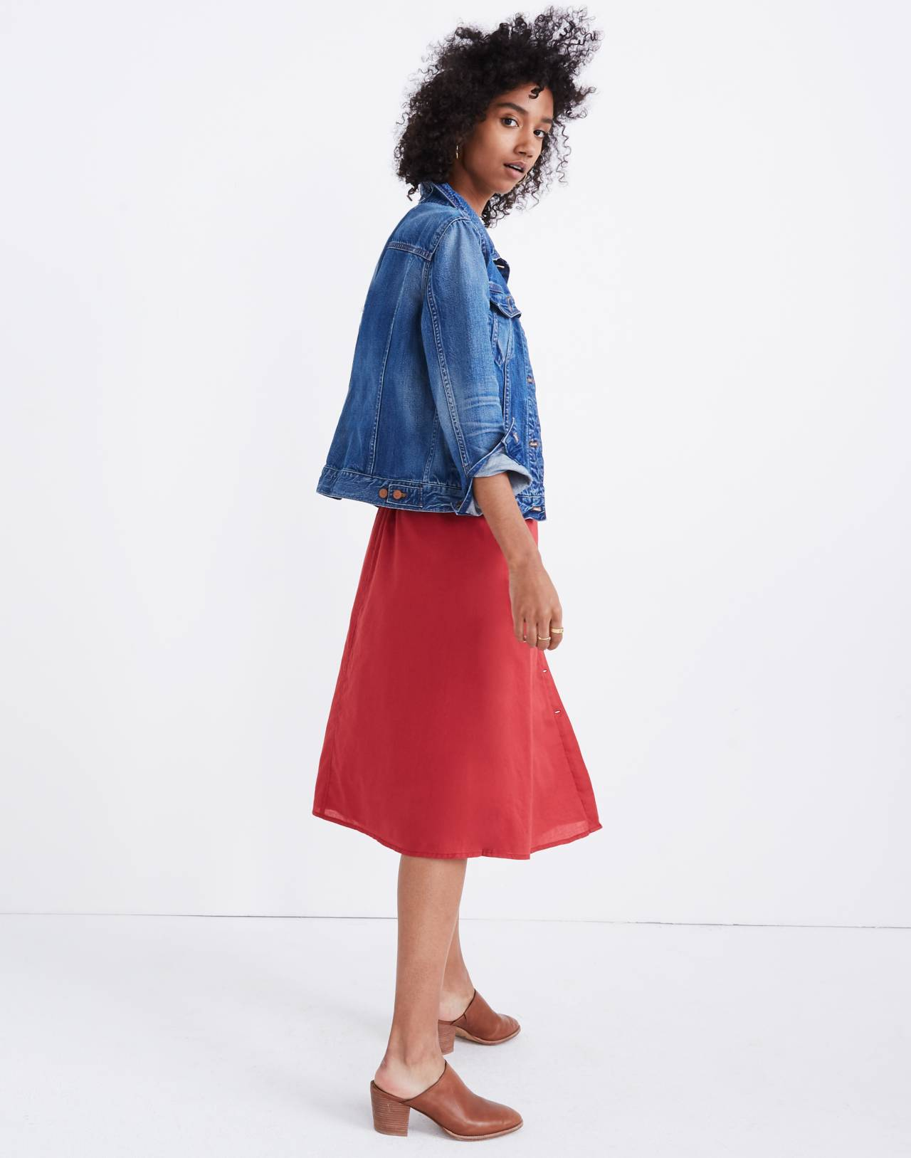 Palisade Button-Front Midi Skirt in warm berry image 2