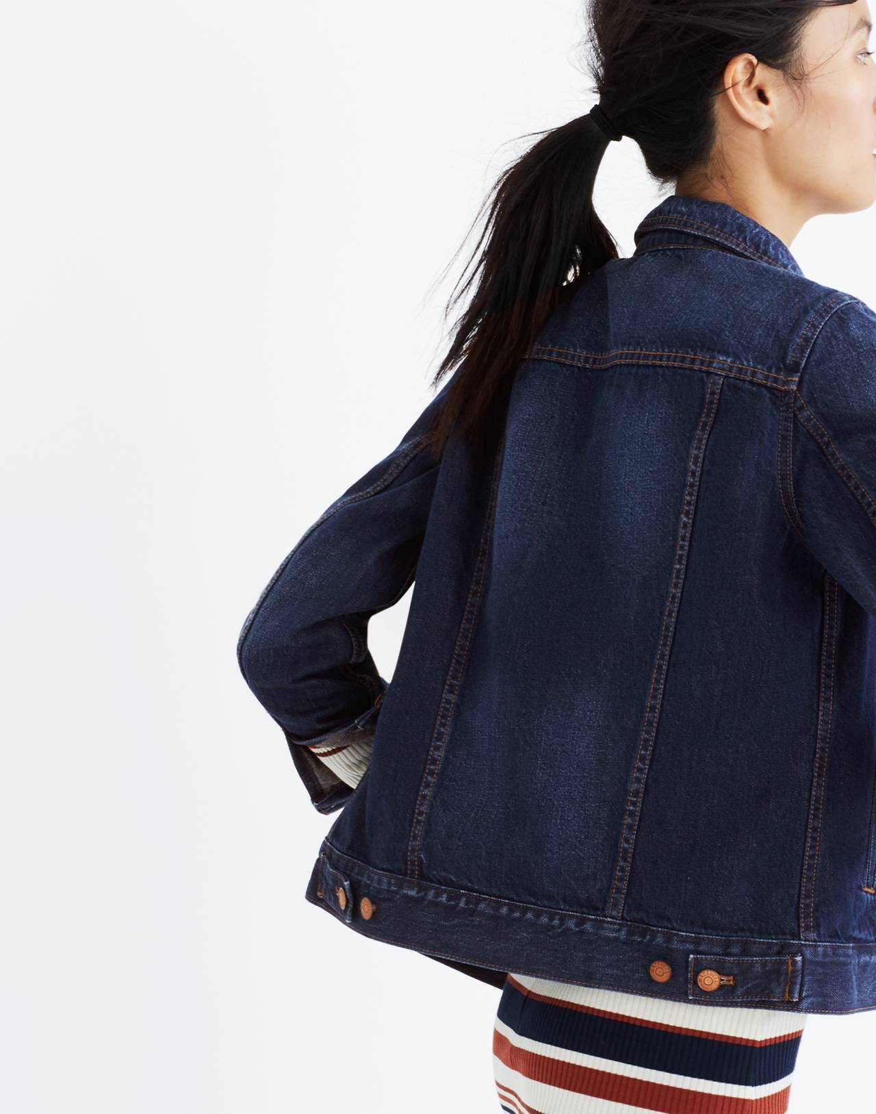 The Jean Jacket in Briarwood Wash in briarwood wash image 3