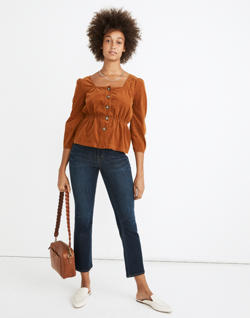 Short Cali Demi-Boot Jeans in Larkspur Wash