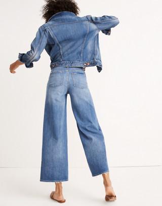 Wide-Leg Crop Jeans in Finney Wash in finney wash image 3