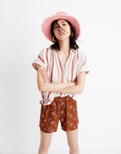 Drapey Pull-On Shorts in Warm Paisley