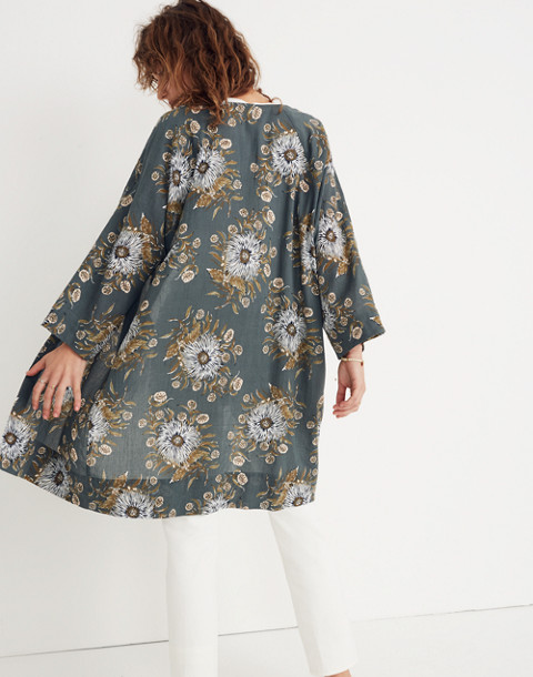 Robe Jacket in Painted Blooms in van architect green image 2