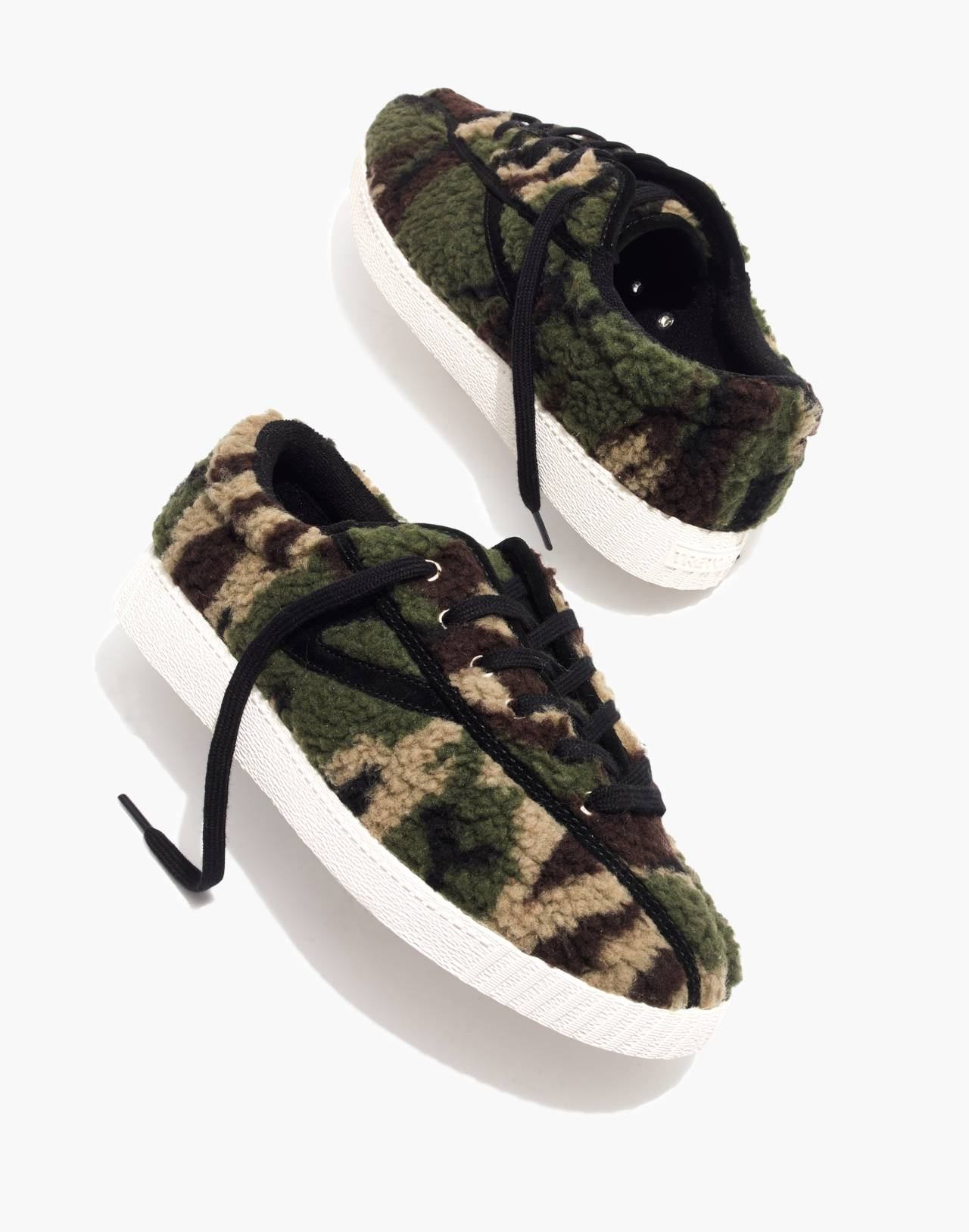 Tretorn® Nylite Plus Sneakers in Camo Faux Shearling in olive black image 1