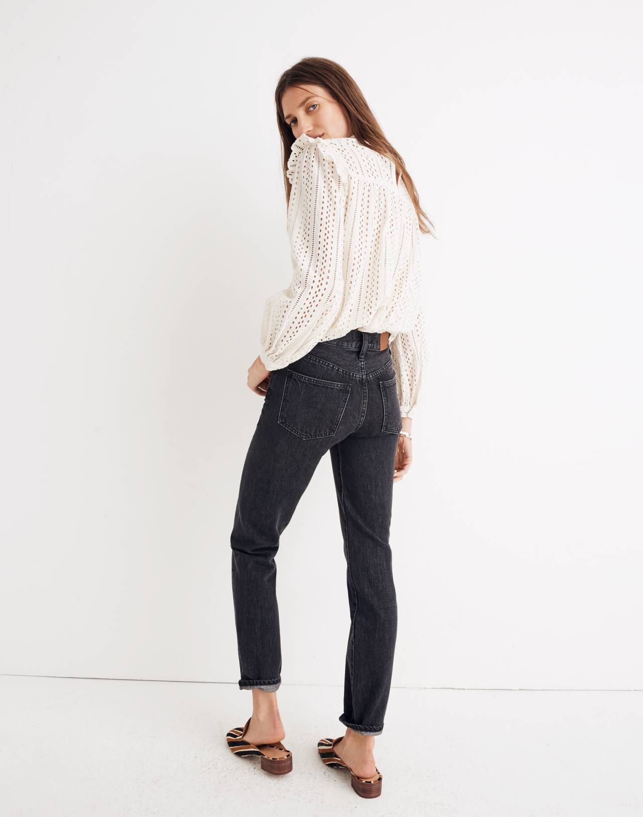 The Tall Perfect Vintage Jean in Roxstone Wash: Knee-Rip Edition in roxton wash image 3