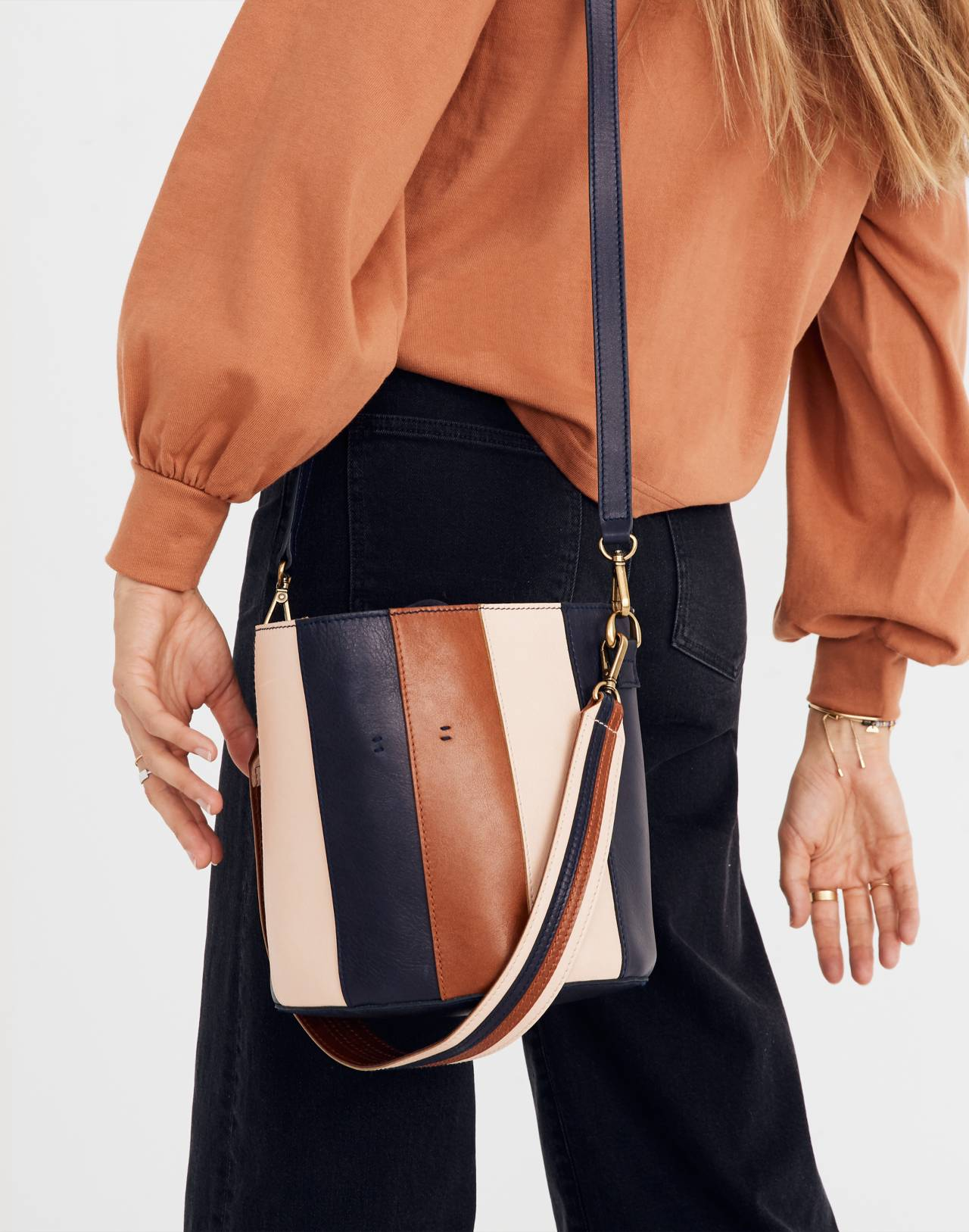 The Eaton Two-in-One Shoulder Bag in sheer pink image 2