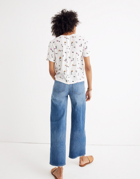 Button-Back Tie Tee in Sweet Blossoms in matilda white wash image 2