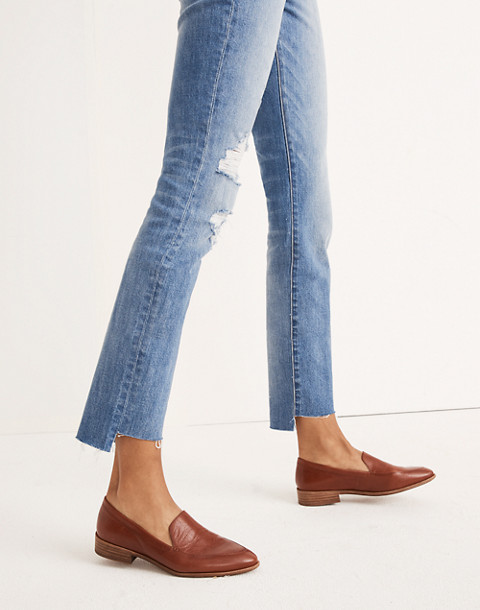 The Petite High-Rise Slim Boyjean in Lita Wash: Step-Hem Edition