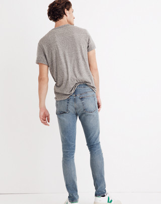 Skinny Jeans in Vintage Light with Rips in vintage light image 3